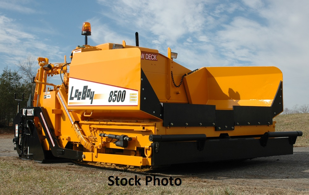 2004 LeeBoy 8500LD Diesel, Track Paver with 8′-15′ Legend Screed