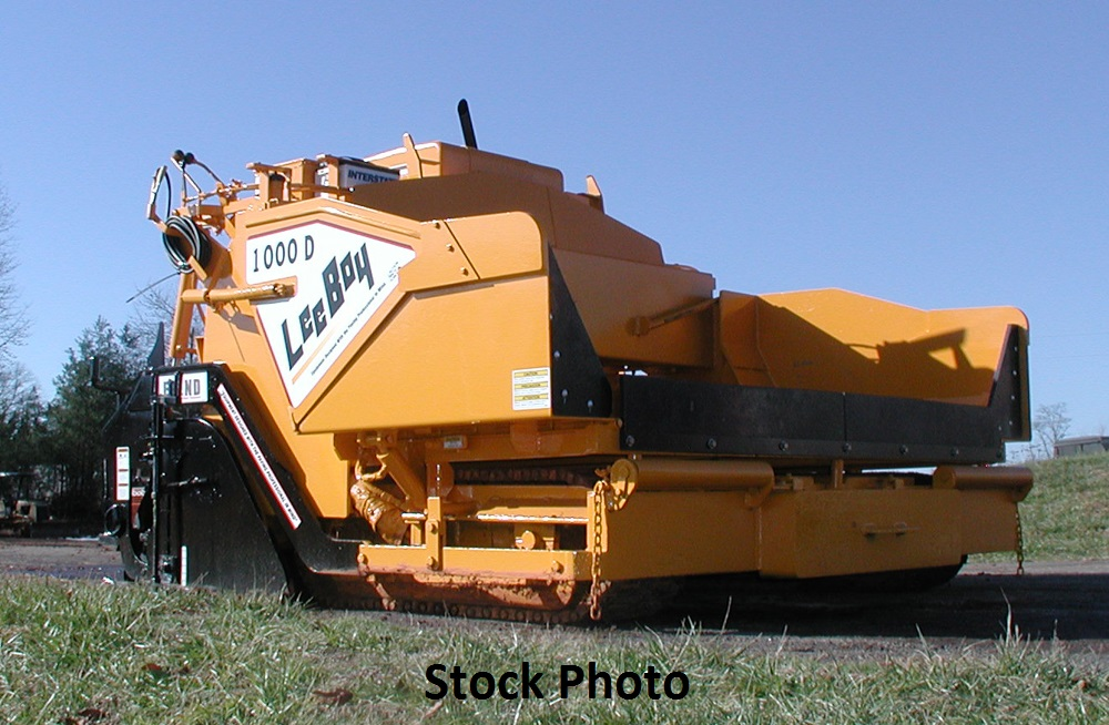 2006 LeeBoy 1000D Diesel, Track Paver with 8′-13′ screed