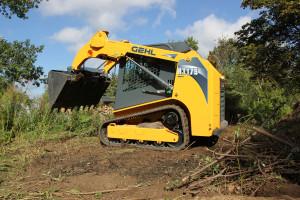 r175 track loader