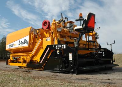 Large 6 – 8 Ton Conveyor Paver