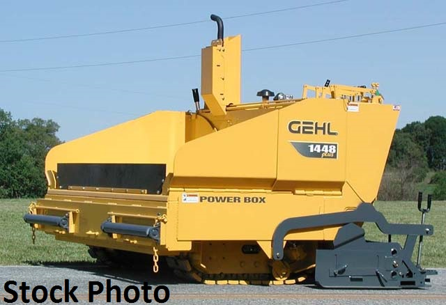2008 Gehl 1448 Plus paver with 8′-12′ Screed
