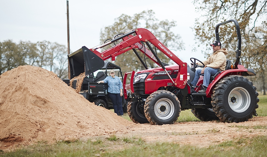Mahindra 2638 Loader Lifestyle